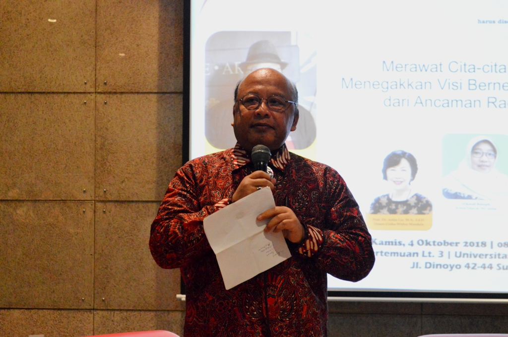 Remembering Gus Dur's Wisdom: Upholding Pancasila as the Nation's Vision from the Threats of Radicalism