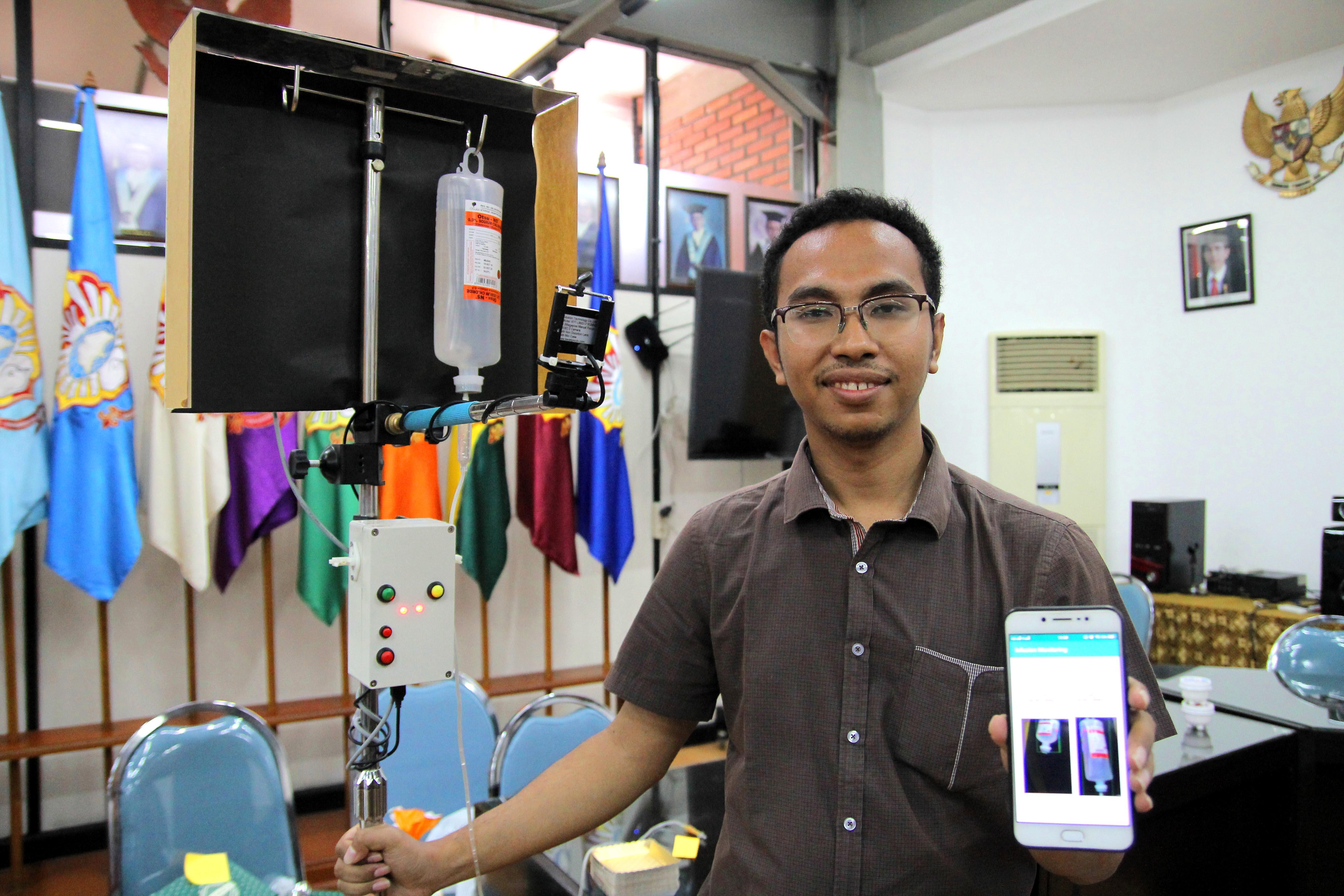 Pantau Volume Cairan Infus Lewat Smartphone