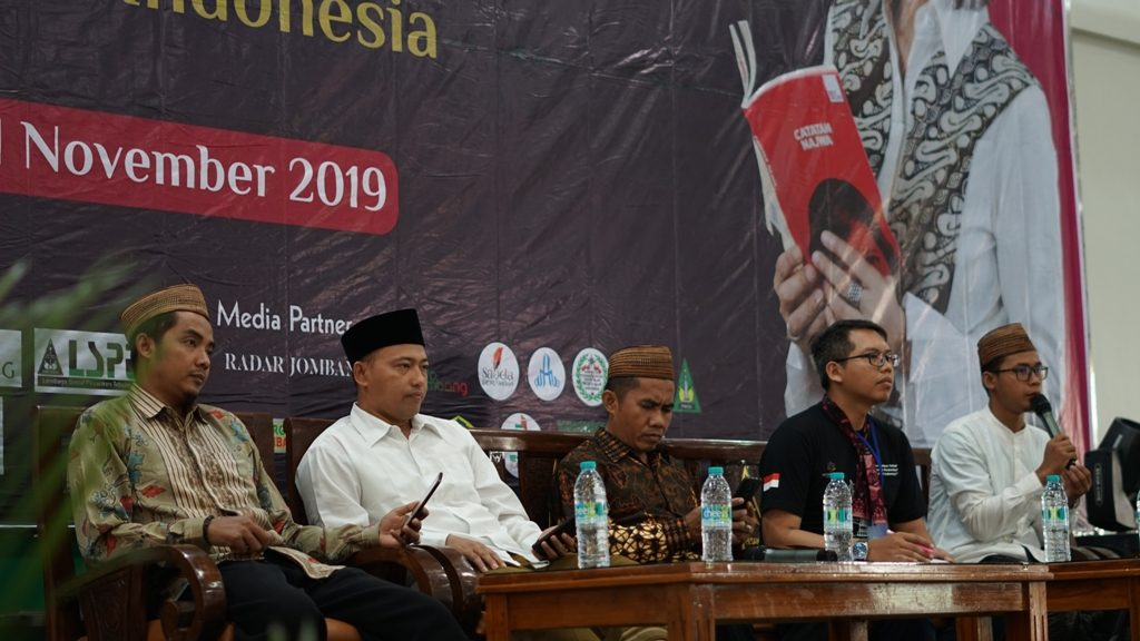 Ki-ka, dari Ponpes Tebuireng Ustad Roziqi, Ustad Iskandar, Kyai Hanan dan Novianto selaku Koordinator APTIK-rsz