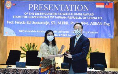 Felycia Raih Distinguished Taiwan Alumni Award 2020