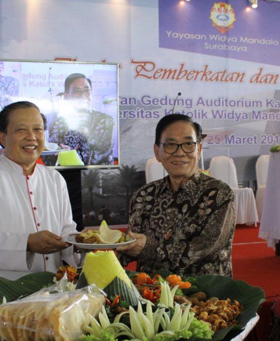 Topping Off Pembangunan Gedung Auditorium – Serba Guna  Universitas Katolik Widya Mandala Surabaya