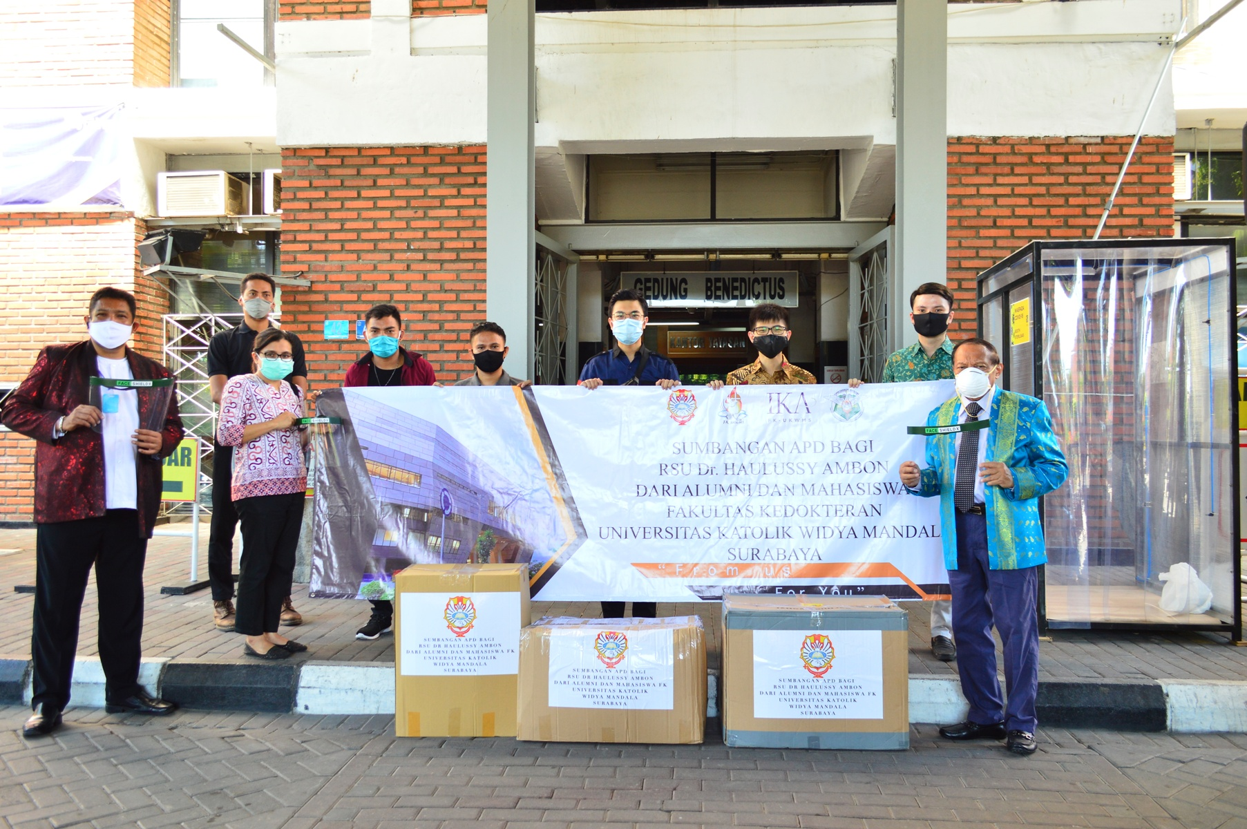 Ratusan Unit APD untuk Maluku