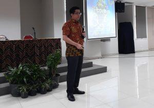 dr. Prettysun Ang Mellow, Sp.PD., saat menyampaikan sosialisasi