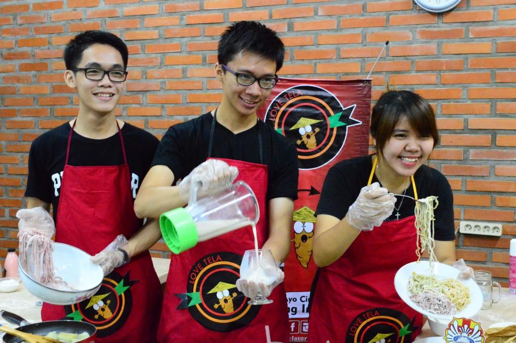 Ki-Ka_Jonny, Hagi dan Agatha menunjukkan pembuatan milkshake dan spageti singkong