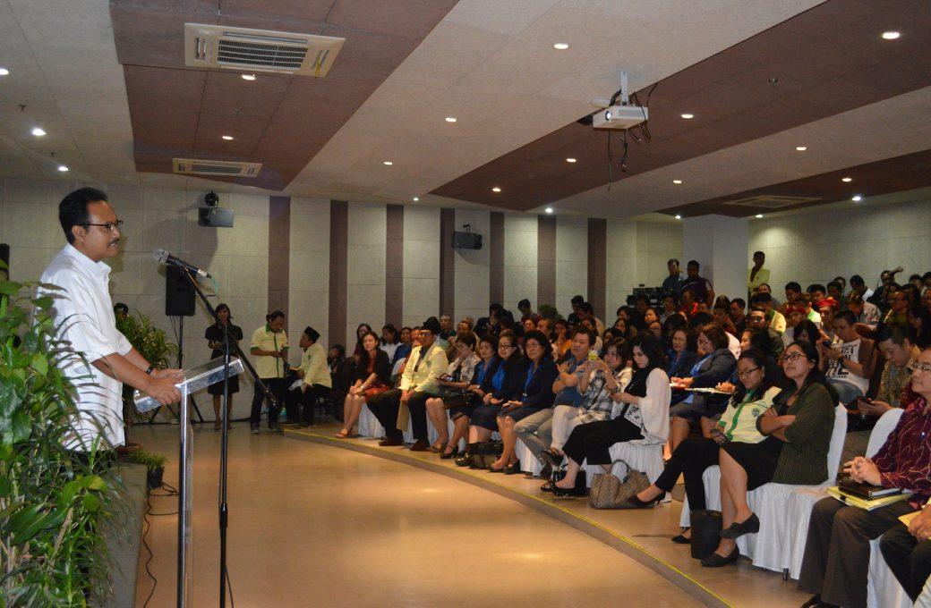 H. Syaifullah Yusuf saat memberikan kata sambutan dalam Talkshow Kebangsaan bertajuk Jangan Ganggu Pancasila, Minggu (12/6).