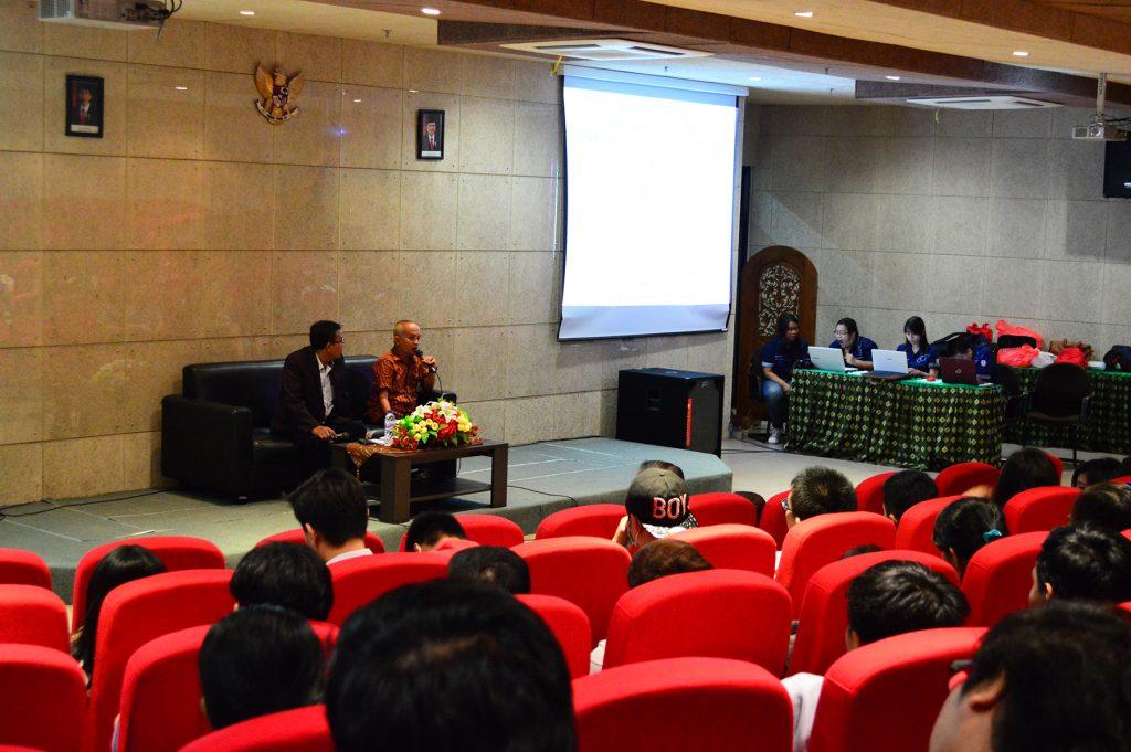 Kuliah Tamu bersama Bonifacius Riwi Wijayanto