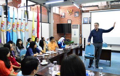 Entrepreneurial Seminar: Berwirausaha itu Seperti Menikah