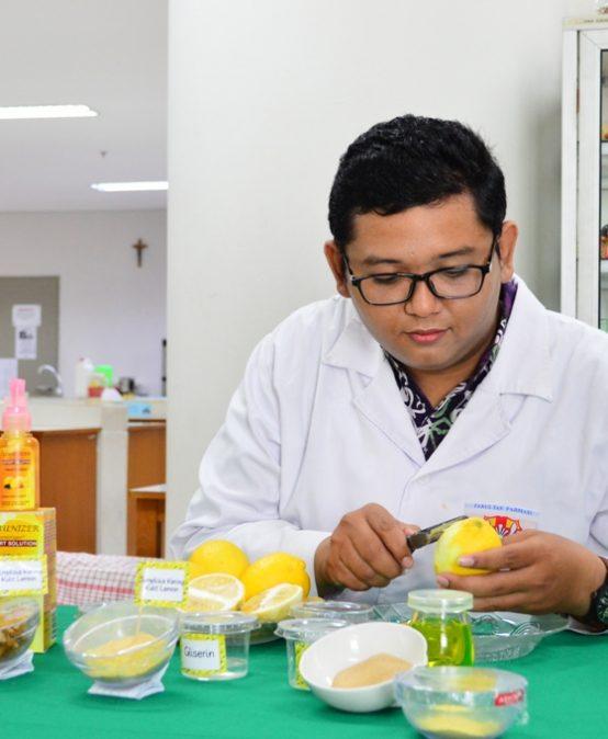 Limunizer dari Limbah Kulit Buah Lemon