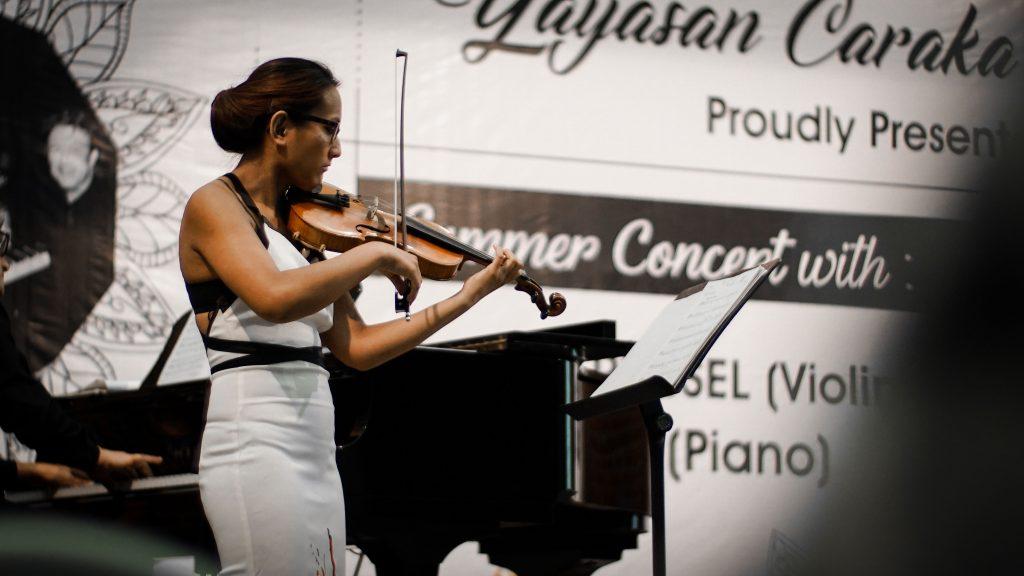 Hartini Van Rijssel dalam Summer Concert di UKWMS