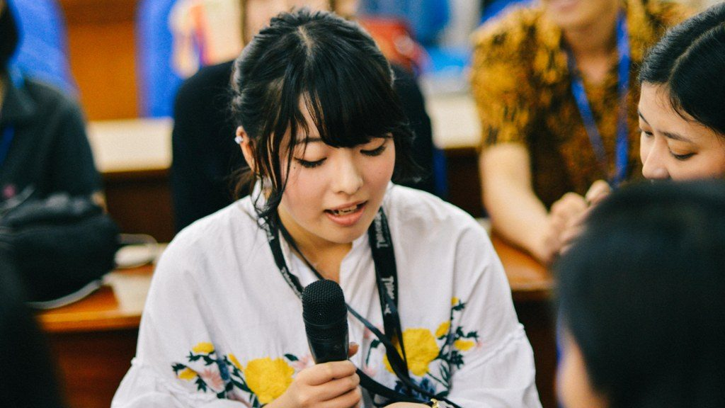 Nohara saat berusaha memperkenalkan diri dalam bahasa indonesia