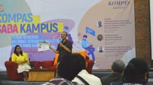 Mohammad Bakir Managing Editor Kompas ketika memaparkan materi saat Kompas Saba Kampus di UKWMS pada Jumat (5/10).